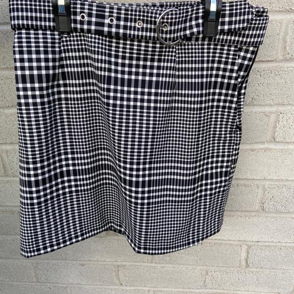 H&M Divided checkered mini skirt